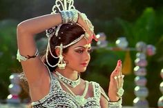 Besides an unending list of highly acclaimed films and performances, what makes Sridevi the First Female Superstar of Hindi Cinema is a roll-call of . Image Photography, Beauty Photography, Bridal Jewellery Inspiration, Mehndi Ceremony, Vintage Bollywood, Bollywood News, Earring Trends, Old Actress, Bollywood Celebrities