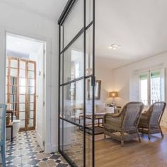 Follow us at @interiordesign.housing for more inspiring content.  #interior #design #designer #architecture #art #spacelover #goodjob #job #homedecor #insta #decor #decoraçao #white #homestyle #styling #classyinteriors #interiordesign #home #perfect #house #SaoPaulo #interiorism #interiorismo #interiordesign #bedroomdecor #bedroom #bathroom #bathroomdecor #bathroomdesign #kitchendesign #livingroom