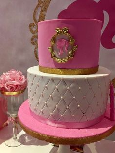 Violeta Glace 's Birthday / Barbie - Photo Gallery at Catch My Party Barbie Theme Party, Barbie Birthday Cake, 4th Birthday Cakes, Birthday Party Decorations Diy, Birthday Party Outfits, Kids Party Themes, Birthday Parties, Party Ideas, Bolo Barbie