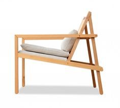 feito casulo (5) Folding Furniture, Furniture Making, Cool Furniture, Modern Furniture, Furniture Design, Vintage Outdoor Furniture, Home Gym Decor, Diy Chair, Cool Chairs