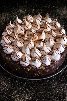 smores cake with chocOlate ganache and marshmallow frosting