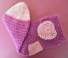 ARTES-ANAS: CALCETINES CROCHET CON CORAZÓN Crochet Hats, Beanie, Color, Fashion, Crocheted Flowers, Recipe, Shoes, Projects, Crochet Potholders