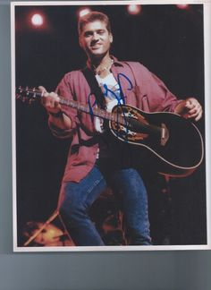 AUTOGRAPHED PHOTO,  Billy Ray Cyrus