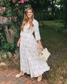 43fa383ca4d 7.17 daily look (Athena Procopiou  graceful beauty  silk dress + Sezane  raffia flats