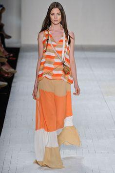 Fashion Rio Primavera Verão 2013 - Totem - Moda, Beleza, Estilo, Customizaçao e Receitas - Manequim - Editora Abril