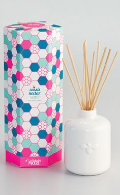 MOZI / reed diffuser - cassis nectar