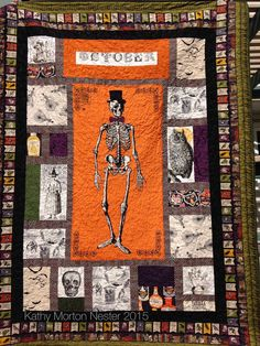 Chillingsworth two-sided quilt with Sew Scary. Halloween Quilts, Halloween Sewing, Halloween Fabric, Halloween Crafts, Quilting Projects, Sewing Projects, Witch Quilt, Halloween Stoff, Diy Crafts Love