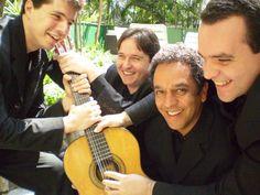 """A série """"Música no MASP"""" recebe, nesta edição, o Quarteto Tau e Fernando Caselato, que se apresentam no dia 7, às 12h30, com entrada Catraca Livre."""