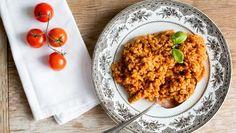 Tomaten-Ebly auf einem Teller