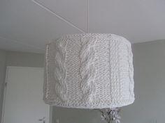 Lampenkap gebreid van Ribbon XL (Hoooked). Meer info op www.vindikleukgenemuiden.blogspot.nl