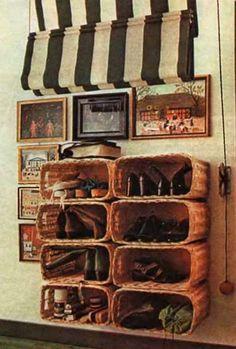 Корзины для хранения обуви и вещей в коридоре