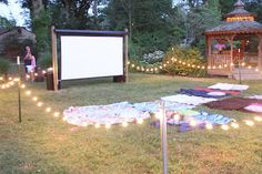 This is sweet:) Brook if you do this chance - Talon - Outdoor movie themed birthday party! This is sweet:) Brook if you do this chance Outdoor movie themed birthday party! This is sweet:) Brook if you do this chance - Backyard Movie Party, Outdoor Movie Party, Backyard Movie Nights, Outdoor Movie Nights, Outdoor Parties, Outdoor Movie Screen, Yard Party, Outdoor Birthday Parties, Outdoor Party Lighting