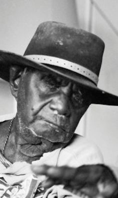 Paddy Jaminji was the first painters to paint in what is now recognized as the East Kimberley style. He is often overshadowed as an artist by his more famous nephew Rover Thomas. He spent most of his youth on stations as a stockman. In the 1970's he was a respected elder of the Warmun community at Turkey Creek and began to paint. Aboriginal Painting, Aboriginal Artists, Spiritual Power, Dot Art Painting, Australian Art, Indigenous Art, Art Market, Art For Kids, Sculpture