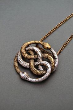Auryn Kette unendliche Schlangehalskette Schmuck Snake Snake knot Halskette Ouroboros Auryn Halsbandanhänger Neverending Story-Geschenk