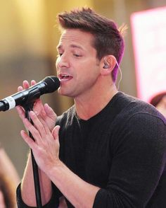 And can't forget Jeff Timmons from 98 Degrees! The Package Tour :)