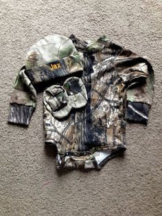 Personalized Realtree Camo Camouflage Hunting Long sleeves Creeper onesie Baby Set Coming Home outfit Embroidered Teenager Outfits, Coming Home Outfit Boy, Hunting Baby, Camouflage, Camo Baby Stuff, Baby Boy Camo, Girl Camo, Baby Kids Clothes, Future Baby