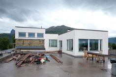 Inspirasjon: Fire flotte funkishus bygget med Leca - Byggmakker Recreational Vehicles, Cottage, Cabin, Outdoor Decor, Home Decor, Modern, Decoration Home, Camper Van, Room Decor