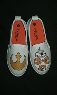 Alec - Obsessed with Star Wars - Desperately needing new shoes - Win