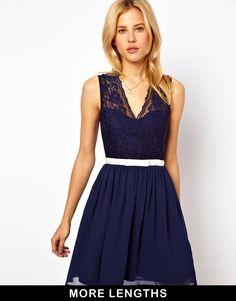 purty :: navy lace v-neck dress