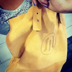 yellow leather bag  buy it online here! #leather #bag #italy #look #moda #fashion #girl #woman #accesories