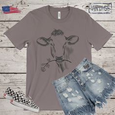 Women cow tee| cow tee| mama cow shirt| cute cow cotton tees| farm tee| cow t shirt| funny cow shirt| cowgirl tee| tshirt for women| by Bulwar on Etsy Cow Shirt, Cute Cows, Fishing Gifts, Gifts For Father, Cotton Tee, Retro Vintage, T Shirts For Women, Tees, Funny