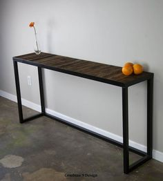 Sofa Table with reclaimed wood. Modern/Urban/Vintage. von leecowen