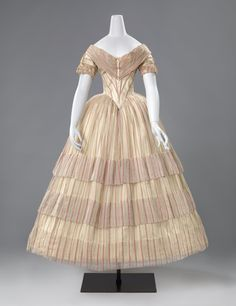 Evening dress, 1840s From the Rijksmuseum