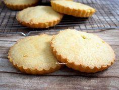 Visitandines. Francia Biscuits, Muffin, Mexican, Cookies, Breakfast, Desserts, Food, Empanadas, Cuban