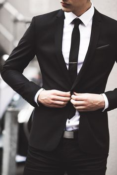 Classic man black suit and white shirt/ Men's fashion 2019 photo image Der Gentleman, Gentleman Style, Mode Masculine, Sharp Dressed Man, Well Dressed, Terno Slim, Moda Formal, Style Masculin, Look Man