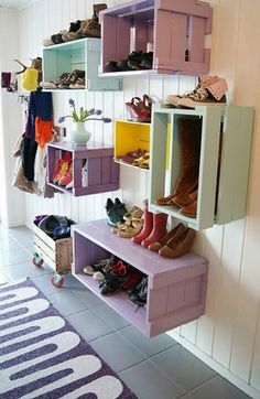 Awesome Smart And Beautiful Home Organization And Storage Solutions Idea In Wall Storage Bins From Old Crates Design Entryway Storage, Home Organization, Home Diy, Creative Storage, Storage Bins, Wall Storage, Home Decor, Wall Storage Systems, Home Projects