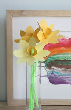 Daffodils - paper & pipe cleaners (if fresh spring flowers are impossible to grow or hard to come by in your area - also a sweet idea to maybe send to family who you are far away from to let them know you are thinking of them on Nowruz!)