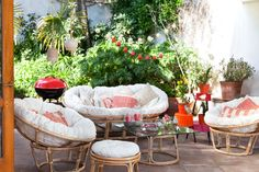 El día está perfecto para compartir al aire libre, sólo necesitamos los muebles para la terraza. Ven a Casaideas y encuentra estos cómodos y acogedores diseños. Verano 2016