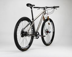 Firefly Bicycles: This Machine Was Made for Thrashing