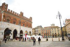 ...lavorando in centro a Piacenza #piacenza #fotovoltaico #riscaldamentoelettrico