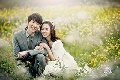 pre-wed photoshooting in Jeju island, outdoor photoshootings in this wonderful island! Try in our website: www.roistudio.co.kr #Jejuwedding #roistudio #Korea #prewed