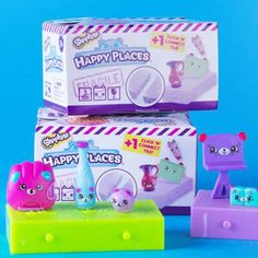 ToysRUs is hosting The Ultimate Shopkins Swap-kins Party on Saturday, from 2 – 4 pm! Kids can swap with other fans and receive a FREE Happy Places delivery pack & trading tray. Craft Projects For Kids, Activities For Kids, Little Girl Rooms, Little Girls, Free Shopkins, Toys R Us, Party, Fun, Crafts