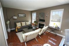 What is home staging? How does it increase the asking price of your house or condo for sale?