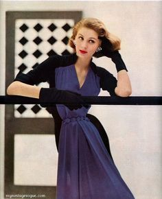 Harper's Bazaar September 1951 / Photo by Lillian Bassman - Suzy Parker / Dress by Jean Desses