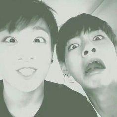jungkook v Taehyung ♡♡♡make way for the meme kings Bts Taehyung, Bts Bangtan Boy, Bts Jungkook, Taekook, Bts Memes, Bts Cute, Bts Predebut, Bts Korea, Bts Group