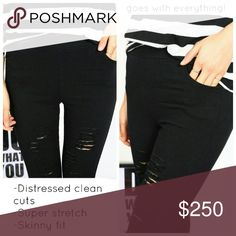 Stretch jeggings These skinny pants literally stretch across sizes! Marked XL, these look like a S when just laid out solo, & they stretch to accommodate anywhere from size small to large. The small framed model is wearing these in XL, can you believe it?! It's more like a 1 size fits all pant (Which is hard to find!) //stretch fabric looks like denim // intentionally textured featuring side and back pockets, these black skinny pants are perfect for your modern wardrobe. Pictures are of…