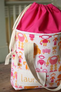 Free PDF Lunch Sack pattern - sleepover bag or sleeping bag tote