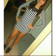 Black and White striped Dress Wore Once Long sleeves 95% Rayon 5% Spandex  No Trading  a'gaci Dresses Long Sleeve