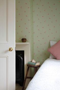 Sweet Victorian bedroom