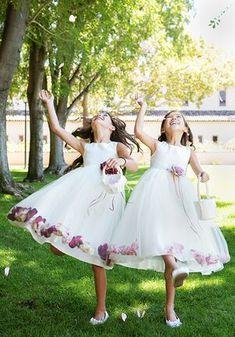 Kid's Dream 160B White Flower Girl Dress Flower Girl Outfits, Cheap Flower Girl Dresses, Tulle Flower Girl, Flower Petals, Flower Girls, Girls Special Occasion Dresses, Satin Tulle, Satin Top, First Communion Dresses