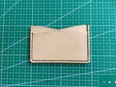 make a leather card holder (29)