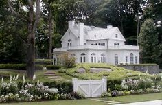 all white exterior + beautiful perennial bed Cottage Garden Design, Bed And Breakfast, Exterior, Mansions, House Styles, Hallway Ideas, Perennial, Home Decor, Future