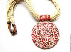 """Купить Подвеска """"Узор"""" - ярко-красный, полимерная глина, красивый узор, цветочки, подвеска круглая"""