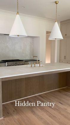 Modern Kitchen Interiors, Home Decor Kitchen, Interior Design Kitchen, Home Kitchens, Kitchen Ideas, Kitchen Modern, Kitchen Redesign Ideas, Modern Kitchen Designs, Modern Kitchens With Islands