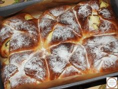 Romanian Desserts, Romanian Food, Pastry And Bakery, Banana Bread, Biscuits, Recipes, Cake Recipes, Fine Dining, Salads