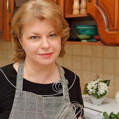 Tort cu ciocolată, cremă de brânză şi vişine | Bucate Aromate Ragu Bolognese, Stevia, Guacamole, Romanian Food, Food Platters, Cheesecake, Sans Gluten, Party Cakes, Vegan